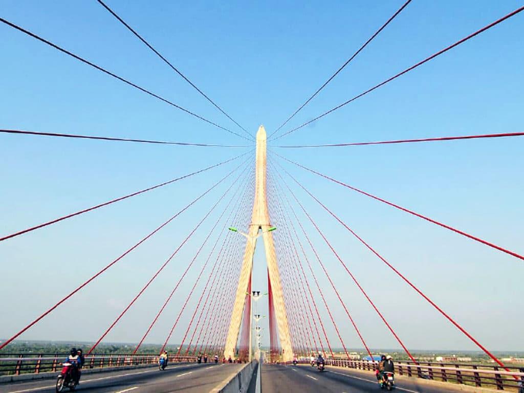 ベトナムのカントー橋