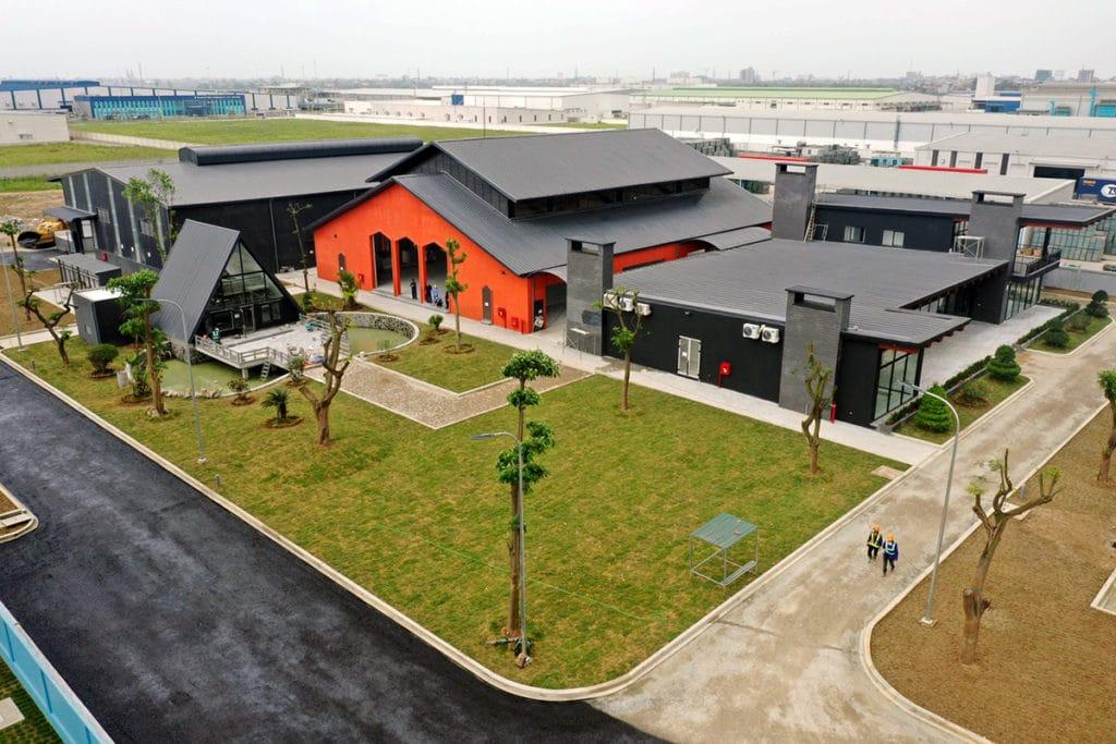 ハノイのロンビエン地区に位置するベトナム工場